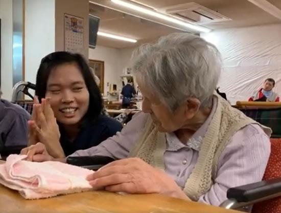 介護の現場を意識した日本語教育